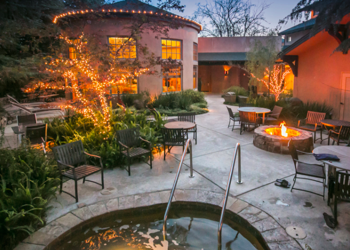Our US travel to Lodi, CA is based at the Wine and Roses Hotel
